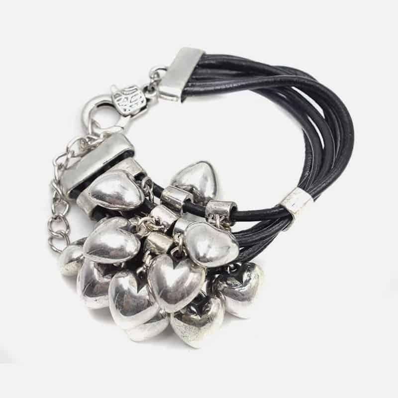 Bracelet Cuir Multiples Coeurs