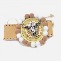 Bracelet Manchette Tête De Buffle Et Pompons
